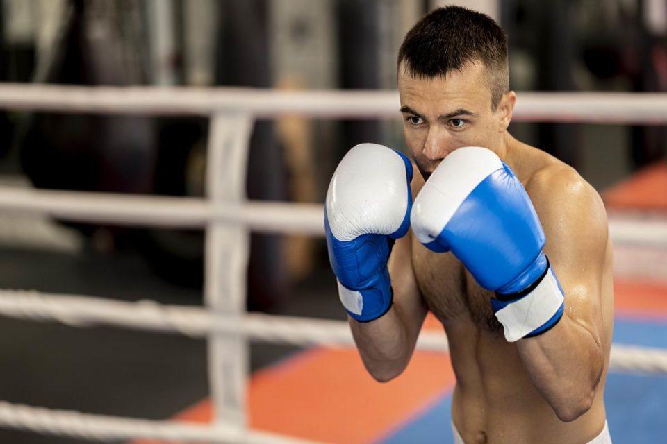 Equipement pour les compétitions de boxe: l'importance du ring