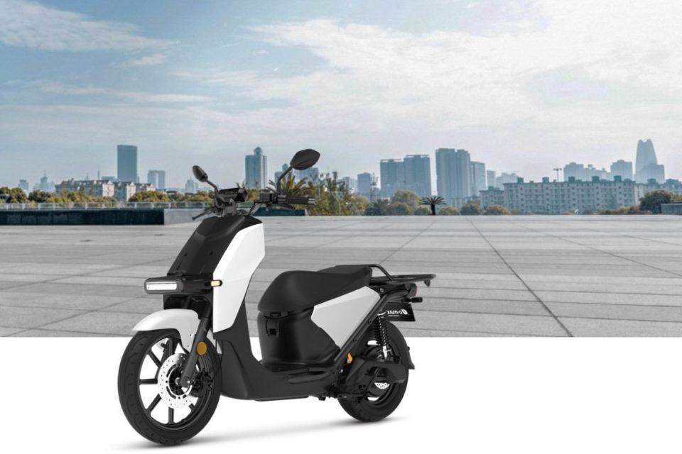 Motocycles Super Soco, autonomie et puissance